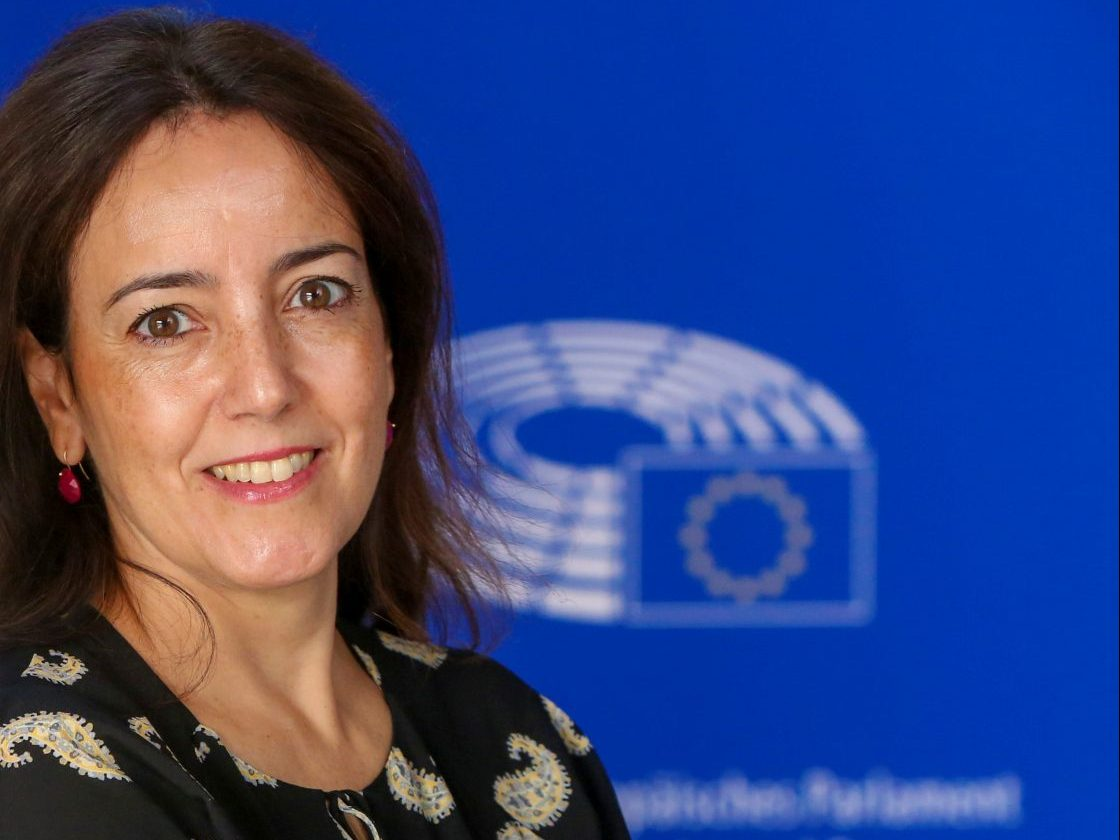 Isabel CARVALHAIS in the European Parliament in Strasbourg